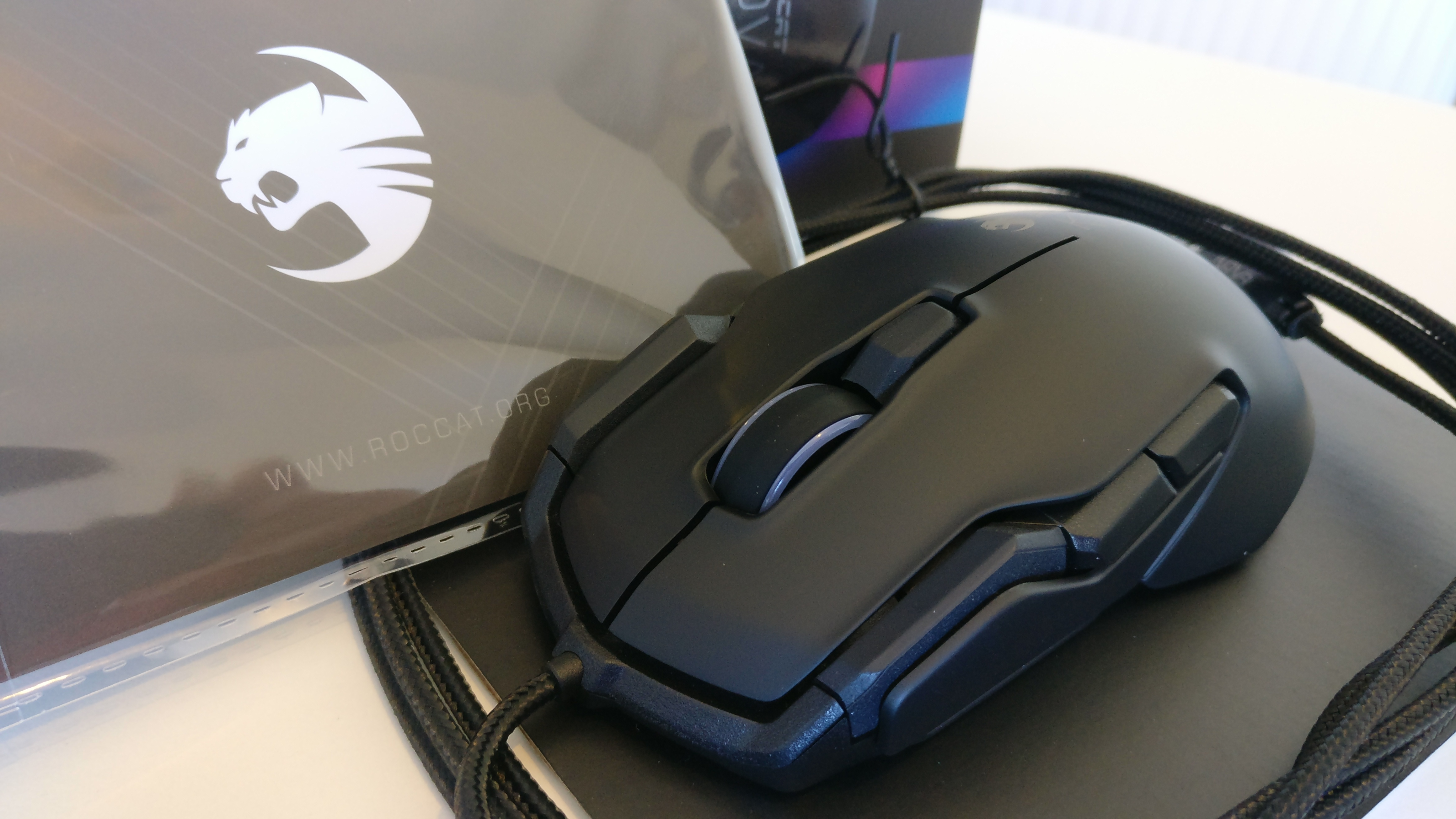 f18a742953b Introducing the Roccat Kova Aimo - Gaming Mouse Review | Chaos Hour